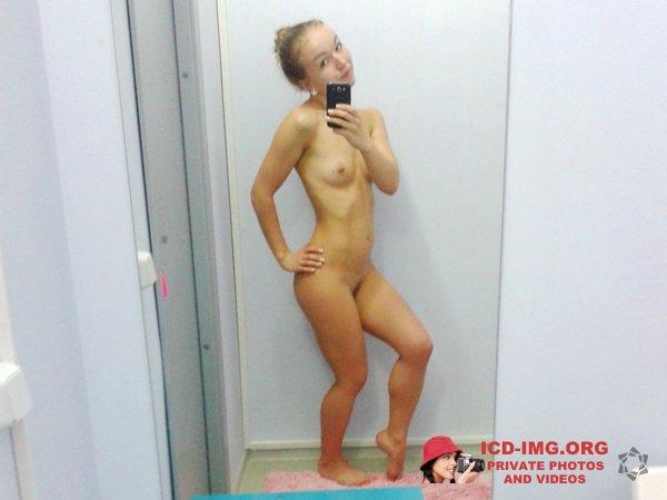 Victoria Alexeevna - home selfy chestnut (33pics) Privat010